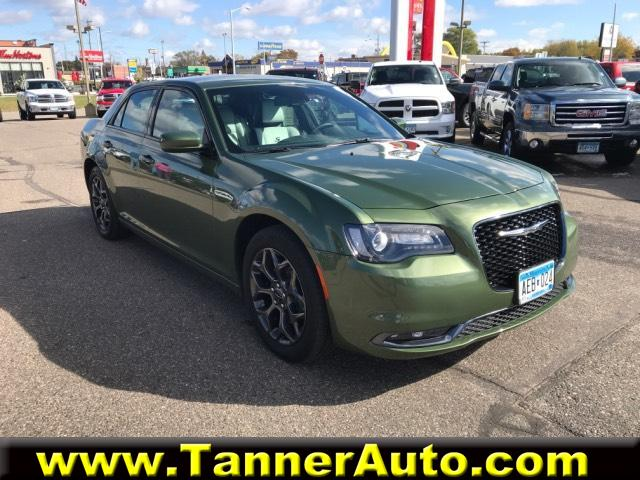 Chrysler 300 S >> Pre Owned 2018 Chrysler 300 300s Awd Awd